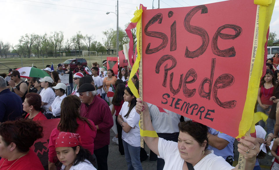 Sí, se puede: People's World / Mundo Popular Immigrant Rights Town Hall