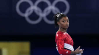 Simone Biles carries weight of the world on her shoulders