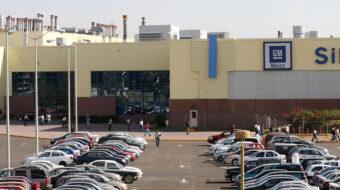 Trabajadores mexicanos de GM rechazan contrato sindical de la empresa