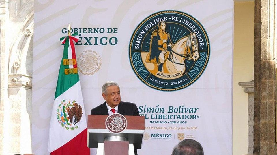 Mexican President Andrés Manuel López Obrador wants to revive Simón Bolívar's dream