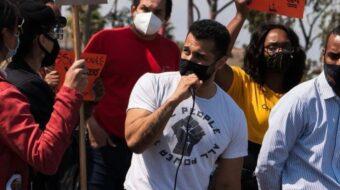Steven Estrada, veterano del ejército y comunista, candidato al Concejo Municipal de Long Beach